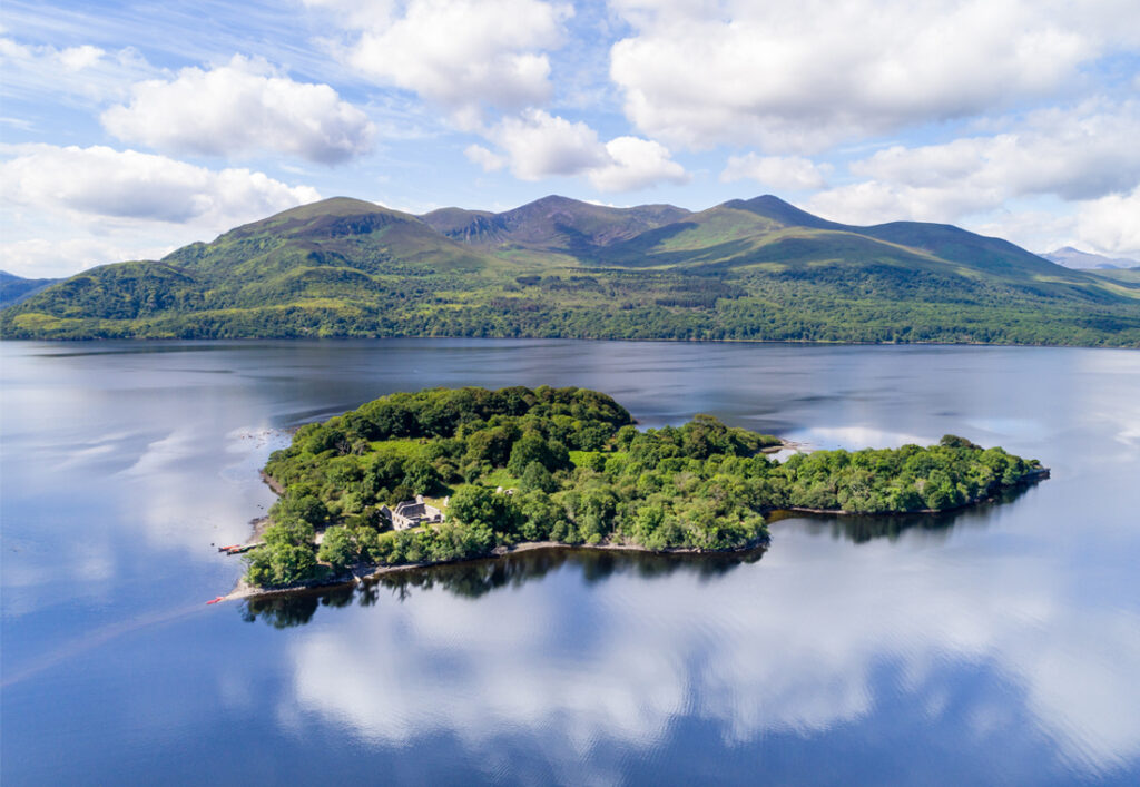 Innisfallen or Inishfallen is an island in Lough Leane; one of the 3 Lakes of Killarney found in the Killarney National Park, and is home to the ruins of Innisfallen Abbey, one of the most impressive archaeological remains dating from the early Christian period.